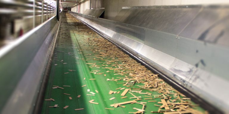 Conveyor belt systems for die cutting waste | HÖCKER POLYTECHNIK