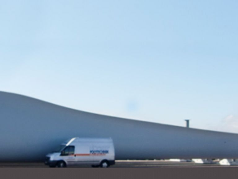 Painting booths for wind energy industry | HÖCKER POLYTECHNIK