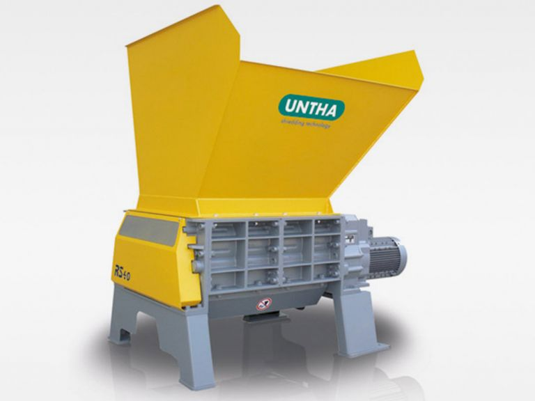 Shredder for highly compacted waste (Untha LR40)